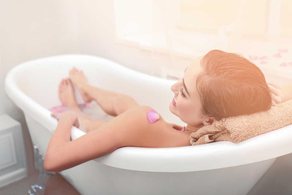 Un baño con ambiente de SPA